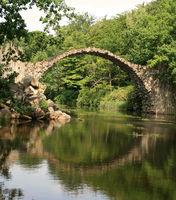 Brückenspiegelung.jpg
