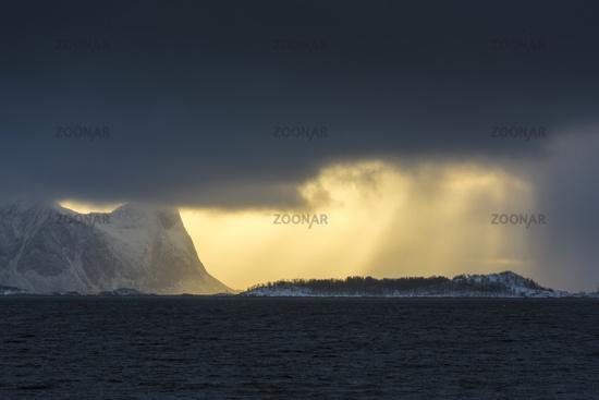 abendliche Lichtstimmung, Senja, Norwegen