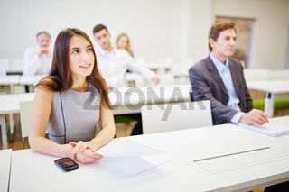 Geschäftsleute bei Weiterbildung