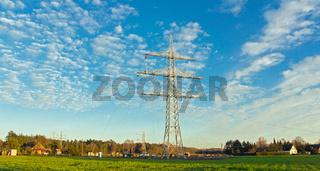Strommast auf dem Lande