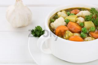 Gemüsesuppe Gemüse Suppe in Suppentasse Gericht