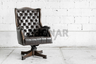 Black Chair in vintage room