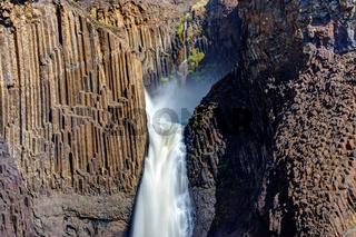 Die Litlanesfoss Wasserfall in Island