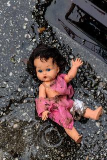 Symbolfoto Misshandlung von Kindern