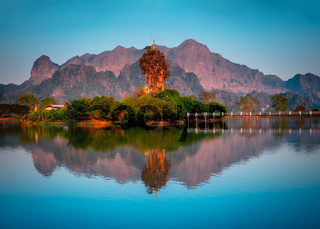 Amazing Buddhist Pagoda in Hpa-An, Myanmar