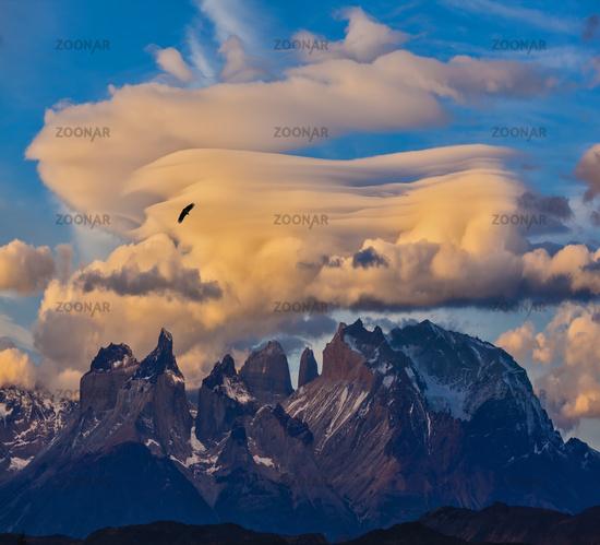 Sharp curved peaks rocks Los Kuernos