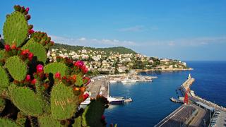Aussicht auf den Hafen von Nizza