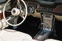 Oldtimer Automobil Cockpit