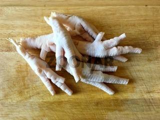 Hühnerfüße ohne Zehennägel