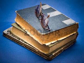 pile of oldbook