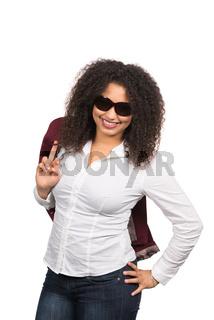 Lässige Frau mit Sonnenbrille