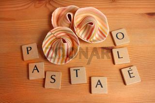 Pasta, Sombreroni Pasta