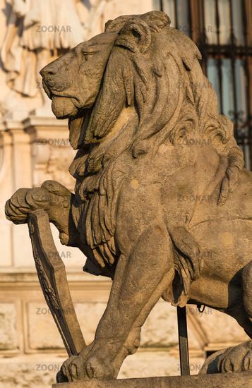 Löwenskulptur an der Hofburg in Wien