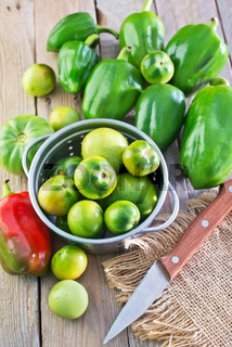 green tomato and pepper