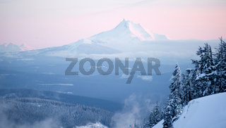 Mt Jefferson Three Sisters North Cascades Oregon Mountain Range