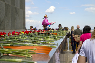 Flowers at the statue of Motherland calls