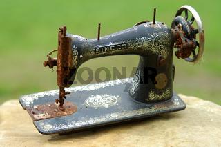 alte naehmaschine