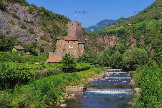 Castel Novale 03