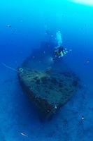 Sciffswrack MV Cominoland und Taucher, Gozo, Malta
