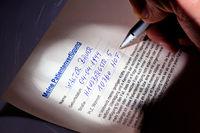 Patientenverfügung wird geschrieben