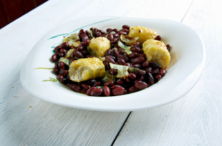 Red Kidney Beans with Plantains