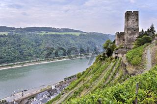 Burg Gutenfels über der Stadt Kaub, Oberes Mittelrheintal, Deutschland