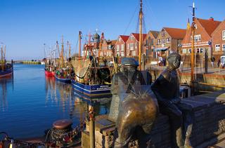 Neuharlingersiel Hafen Statuen - Neuharlingersiel harbour statuen 03