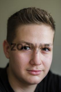 Fünfzehnjähriger Junge, Deutschland, Europa