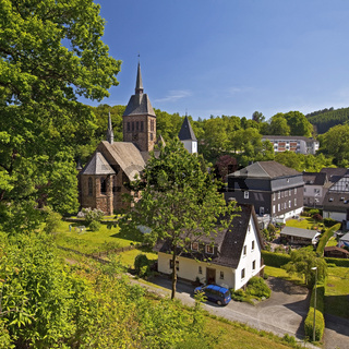 OE_Kirchhundem_Kirche_06.tif