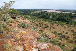 Blick vom Mapungubwe-Nationalpark Südafrika zum Fluss Limpopo und nach Botswana, view from Mapungubwe National Park, South Africa, to Limpopo River and Botswana
