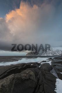 Wolkenstimmung, Okshornan, Senja, Norwegen