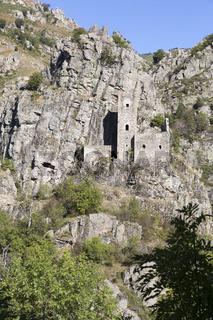 Mittelalterliche Burg in der Ortschaft Borne, Ardeche, Frankreich
