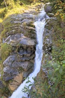 Kaskade des Kuhfluchtwasserfalls im Estergebirge