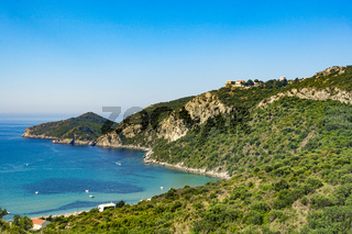 Die Bucht von Agions Geoergios Pagi, ein beliebtes Reiseziel, Korfu, Griechenland