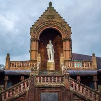 Rabbie Burns Statue