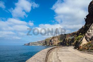 Straße in Ribeira Brava auf der Insel Madeira, Portugal