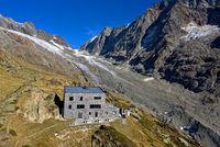 Schutzhütte Peter Tscherrig Anenhütte, Lötschental, Wallis, Schweiz