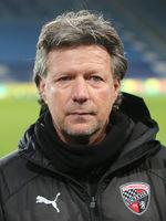 Cheftrainer Jeff Saibene ( FC Ingolstadt 04) beim Punktspiel in Magdeburg am 07.12.2019