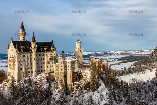 Neauschwanstein Castle from Marie bridge in winter. Germany