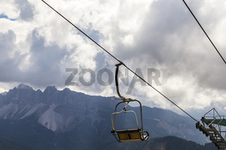 Sessellift im Gebirge, chair lift in the mountain