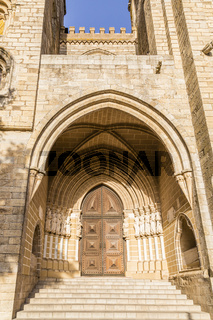 Hauptportal der Kathedrale von Évora, Portugal, Main Portal of the Cathedral of Évora, Portugal