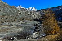 Im Wandergebiet Zermatt, Gipfel Strahlhorn und Adlerhorn, Zermatt, Wallis, Schweiz