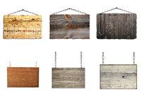 Set mit Holzschild hängt