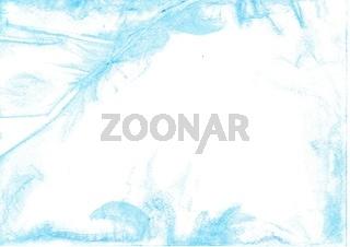 Von Hand mit Aquarellbuntstiften gezeichneter Aquarell Hintergrund in Hellblau auf Zeichenkarton