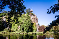 Sibyl temple and lake in Buttes-Chaumont Park, Paris