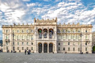 Palazzo del Governo auf der Piazza dell'Unità d'Italia in Triest