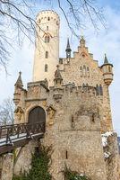 Winterliches Schloss Lichtenstein, Schwäbische Alb, Deutschland