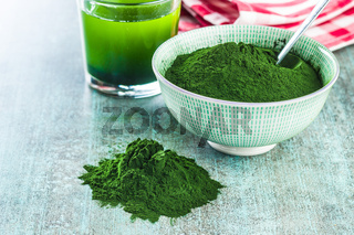 Chlorella or green barley. Detox superfood.