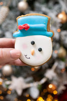 Snowman gingerbread cookie