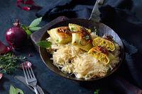 Gebratene Maultaschen auf Sauerkraut